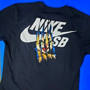 2/$50 | Nike SB cat scratch shirt